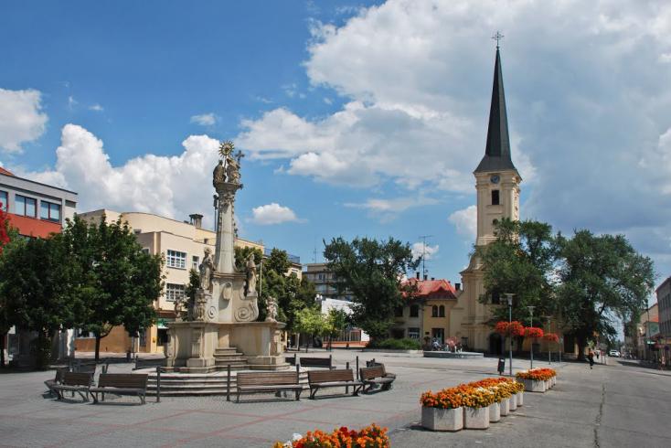 61 ezer euróból tenné zöldebbé a Fő teret az érsekújvári városvezetés
