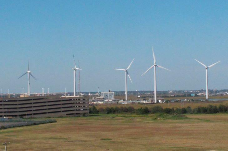 Az EU klímasemlegességének eléréséhez növelné tengeri szélenergia-termelési kapacitását