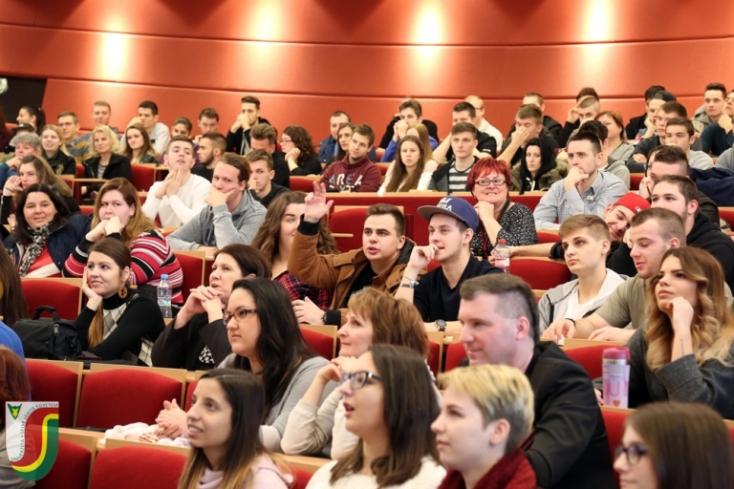 Idén is nagy sikerrel záródott a Selye János Egyetem Nyílt Napja