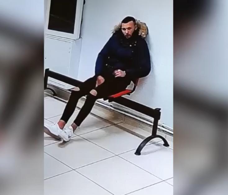 Sokan jelezték a nyitrai zsaruknak, ki lehet a maszkos megjegyzés miatt tomboló félkegyelmű, elkapták