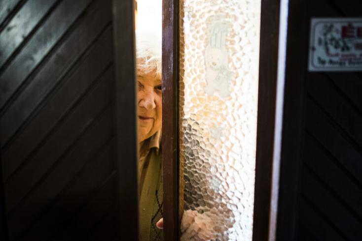Minden megtakarítását csalóknak adta az idős asszony