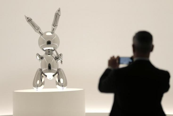 91,1 millió dollárt fizettek egy szobrász alkotásáért