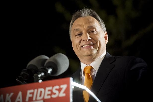 Kiderült a nyilvánvaló: a sorosozásba belegárgyult egykori Soros-ösztöndíjas Orbánt Soros-pénzből képviselték 2007-ben