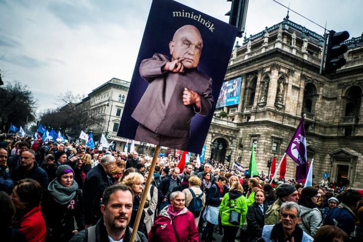 Pampog a Fidesz, és ezt is Sorosra fogja