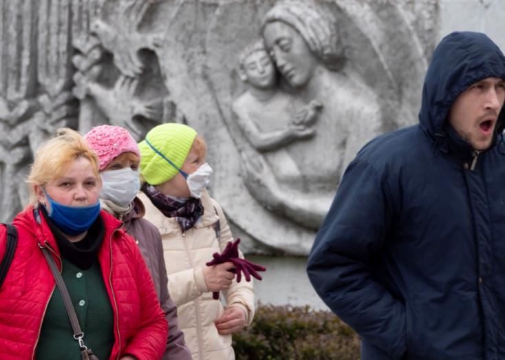 Oroszoszágban szombaton csaknem 8600 új fertőzést mutattak ki