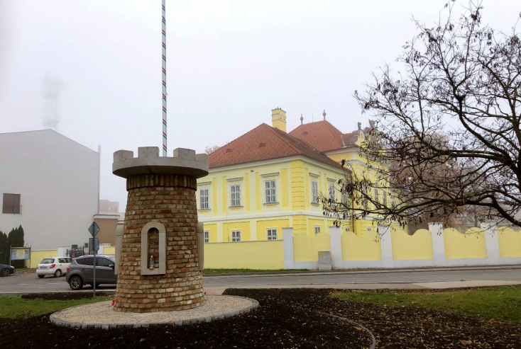 Feszültséget kelt a legújabb emlékmű Dunaszerdahelyen. Horthy irredenta bástyája ez, vagy a nemzeti összetartozásé?