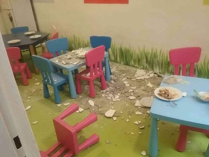 A gyerekekre zuhant a mennyezeti vakolat egy pozsonyi oviban!