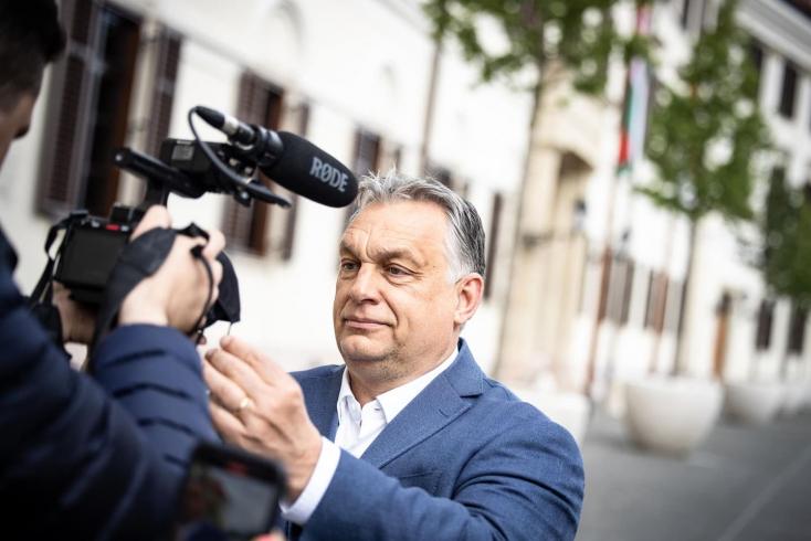 Kedves Maszk, goodbye! Orbán jelezte, nem kell többé maszkot viselni az utcán