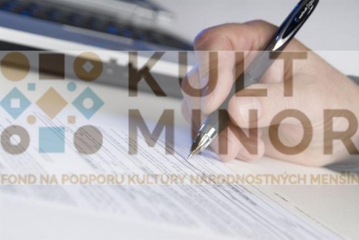 Már pályázhatnak a COVID-ösztöndíjra a szlovákiai magyar művészek is, 251 ezer eurót oszthat szét köztük a Kisebbségi Kulturális Alap