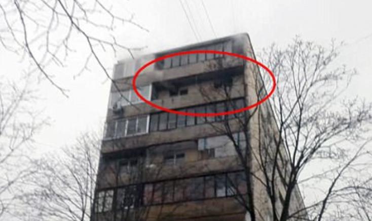 3 éves fiával a karjaiban ugrott ki a lángoló hetedik emeletről egy anya