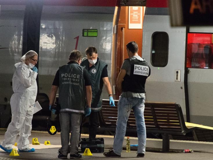 Életfogytiglani börtönbüntetésre ítélték a párizsi szuperexpresszen lövöldöző terroristát