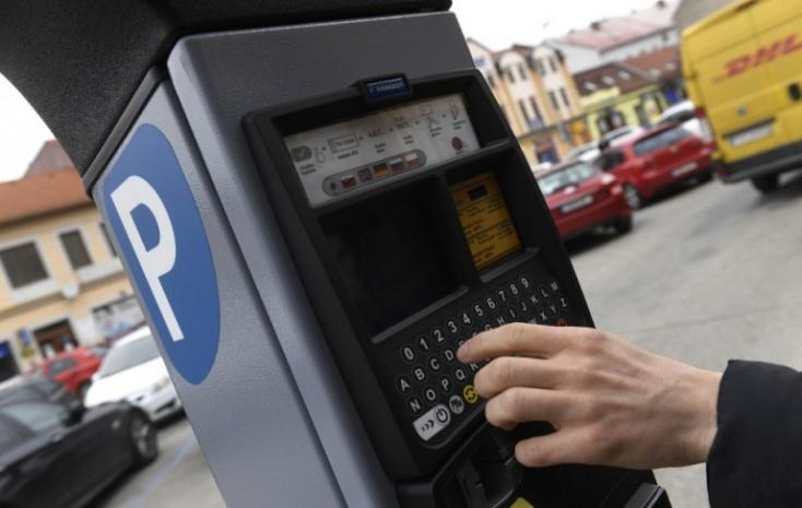Saková: A parkolási büntetésnél is érvényes lehetne az objektív felelősség elve