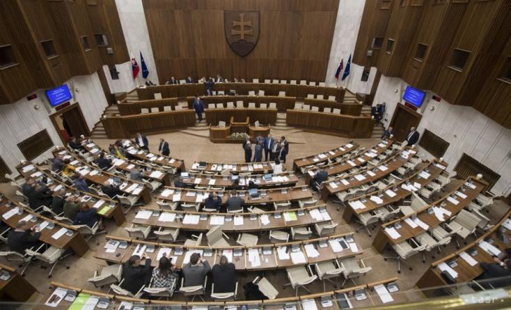 AComenius Egyetem politológusa nem ért egyet asok rövidített jogalkotási eljárással