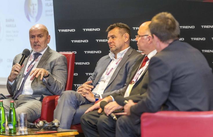 A dán disznófarmok helyzetét is ragozták a régiónkról szóló konferencián