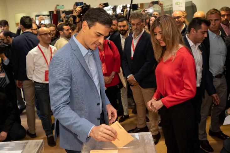 A szocialista párt nyert, de kormányalakítási patthelyzet alakulhat ki Spanyolországban