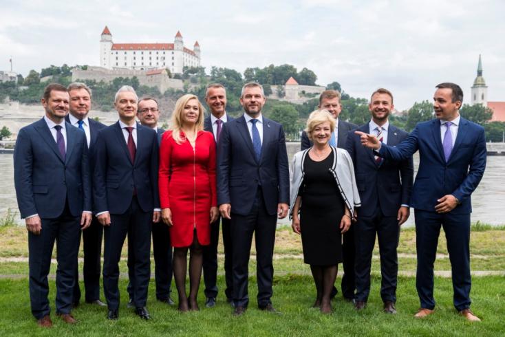 FELMÉRÉS: Matovičék nyakán Pellegrini leendő pártja, tíz százalék alatt a Smer