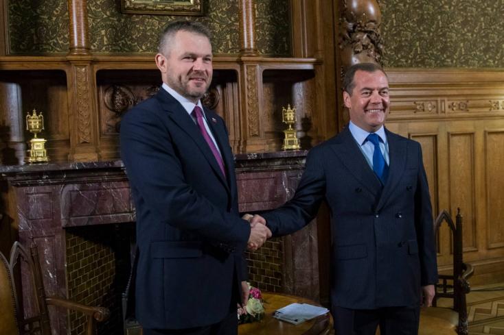 Medvegyev fogadta Pellegrinit