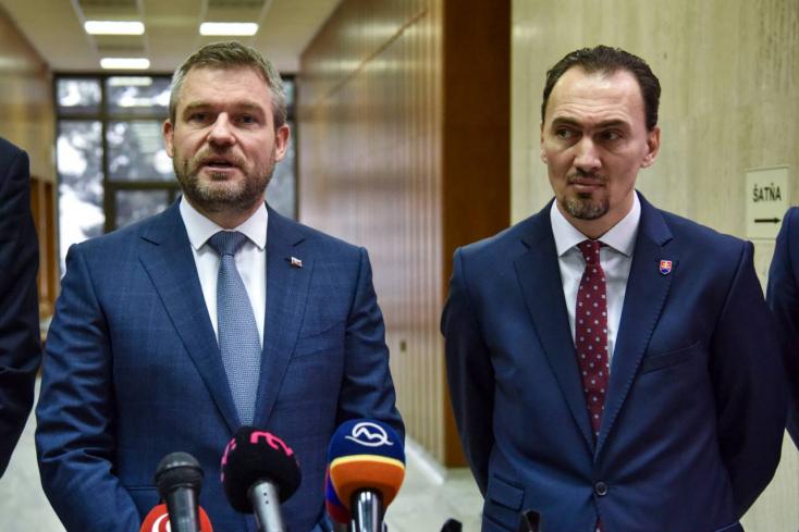 14 millió eurót hagyott jóvá hokiakadémiákra Pellegrini kormánya