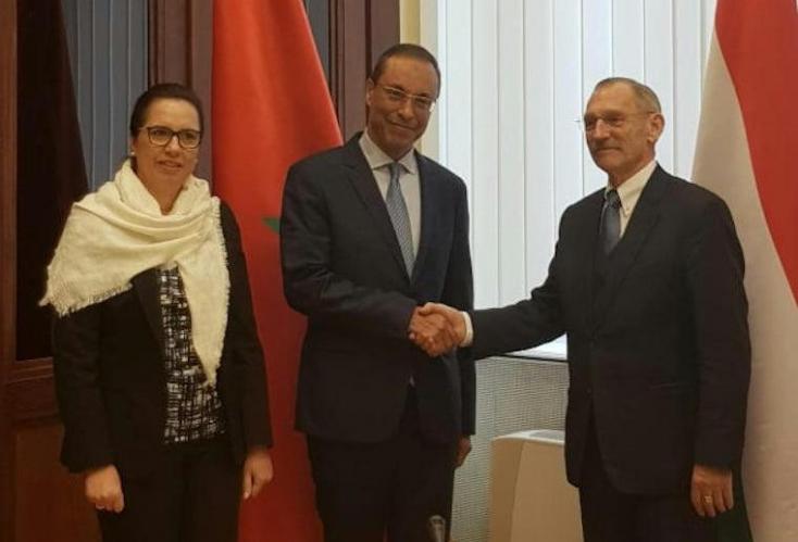 Koronavírusos a marokkói miniszter, aki hétközben magyar politikusokkal, köztük Pintér Sándorral is kezet fogott