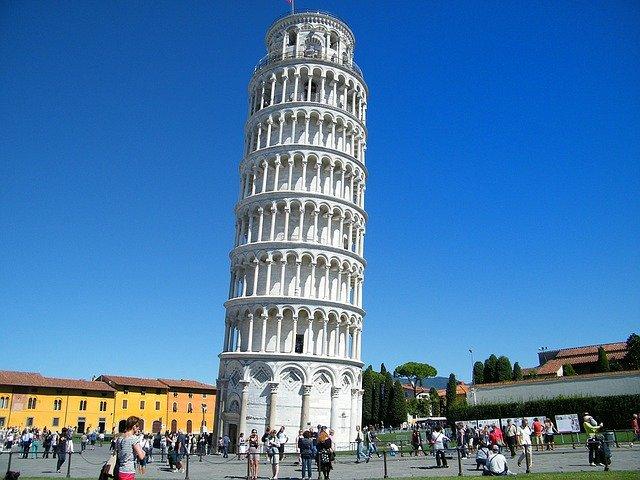 Kiderült, hogy ki a tervezője a pisai ferde toronynak