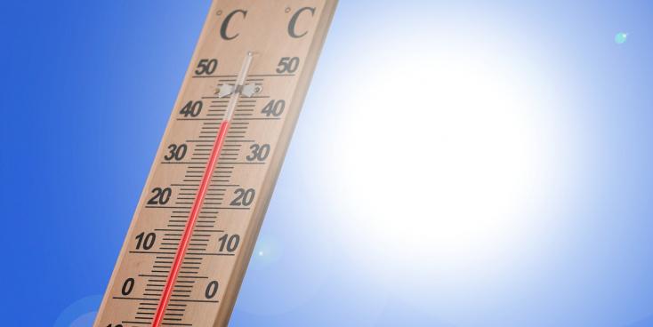 Szerdán 68 ember lett rosszul a hőség miatt