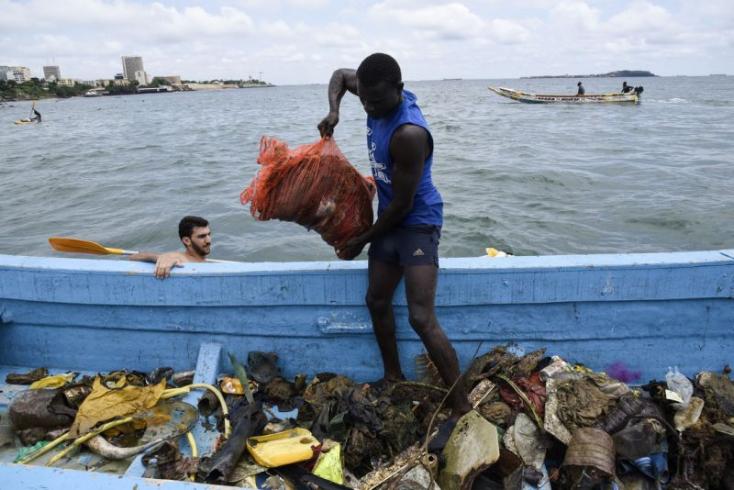 Ázsiából származó műanyaghulladékok borítanak be egy atlanti-óceáni szigetet