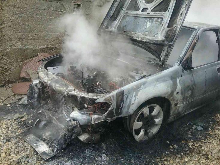 Autó égett Nádszegen