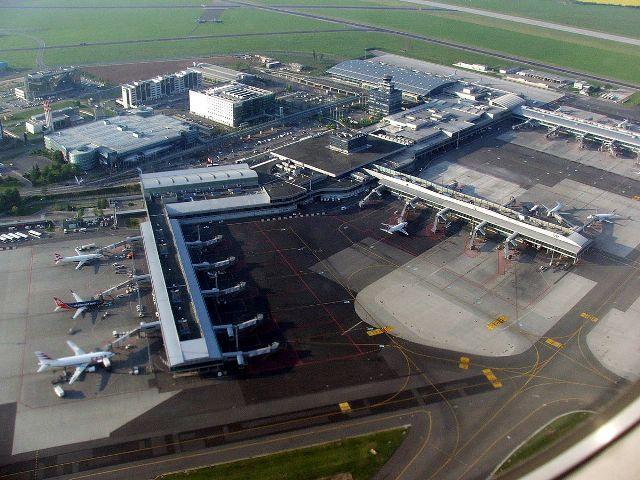 Kibővítik a prágai Václav Havel repülőteret
