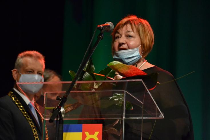 Jarábik Gabriella, Tóth László és Mészáros Ildikó kapott Pro Urbe-díjat Dunaszerdahelyen