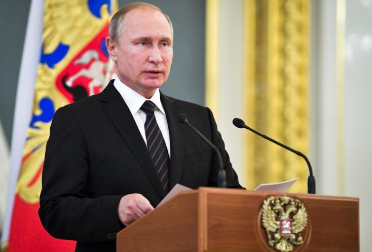 Putyin elrendelte, hogy hazaküldjék az USA oroszországi külügyi alkalmazottjainak kétharmadát