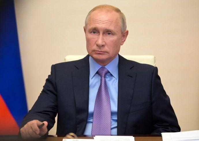 Putyin karanténba vonul a környezetében történt fertőzéses esetek miatt