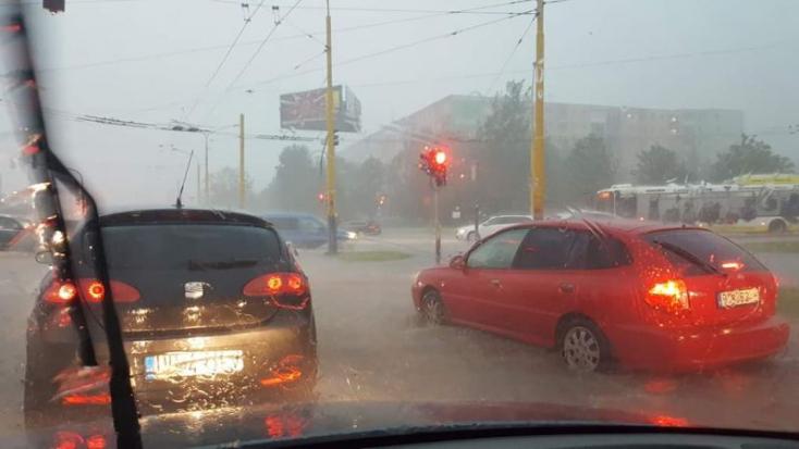 Sártenger és elárasztott utcák – így nézett ki Eperjes a keddi vihar után (FOTÓK)