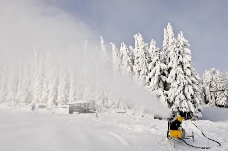 Beindították a hóágyúkat a Magas-Tátrában!