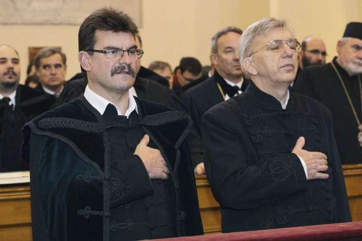 Horthy-szobor: Ráparancsolt a hodosi egyházközségre a református püspök!
