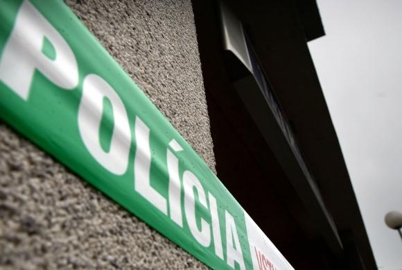 KOMÁROM: Bombariadó a postán, kiürítették a gimit is!