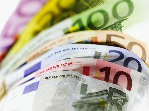 Közel 730 ezer euróval tartoznak magánszemélyek és cégek a városnak