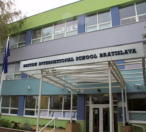 Dráma egy pozsonyi iskolában: Halállal fenyegette iskolatársait egy diák!