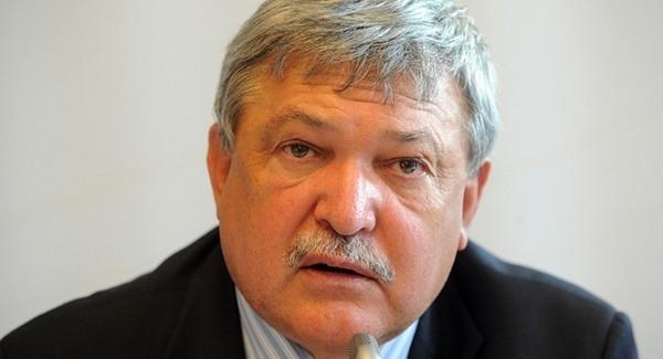 UEFA-kongresszus - Csányi Sándor bekerült a FIFA tanácsába