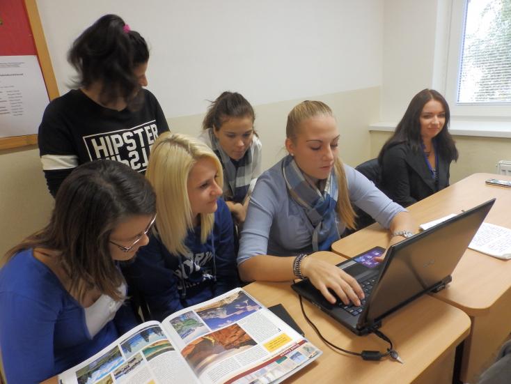 Egy nem hagyományos idegenforgalmi nap a neratovicei téri Magán Szakközépiskolában