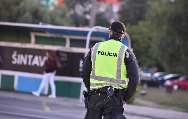 Az év vége közeledtével jóval több mint 900 rendőr kérvényezte a leszerelését