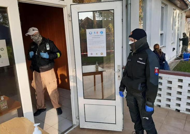 Fertőzött rendőrt szűrt ki a gyorsteszt a Dunaszerdahelyi járásban