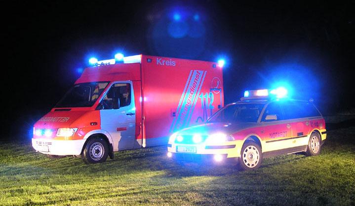 32-en megsérültek egy németországi buszbalesetben