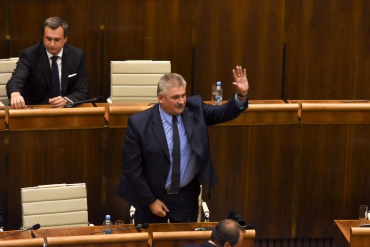 Szlovákia támogatja az európai minimálbér bevezetését