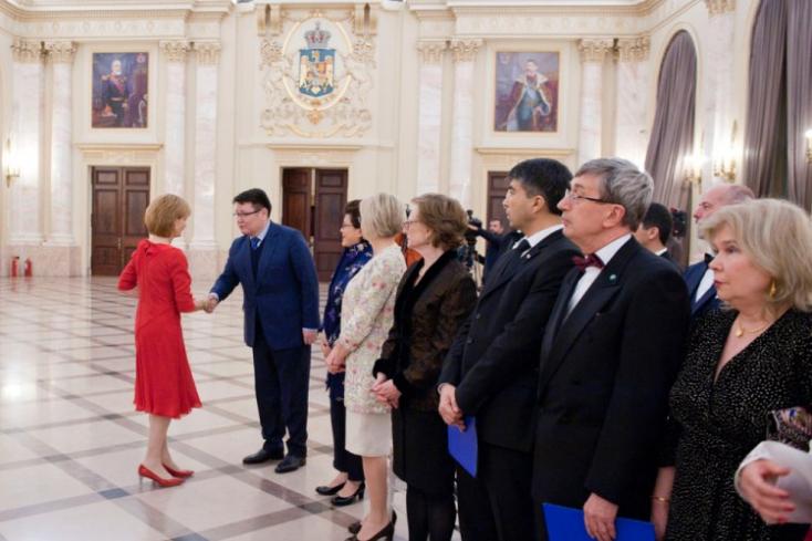 Úgy szóltak be az oroszok a románoknak, hogy a magyarok csak csettinthetnek a nyelvükkel