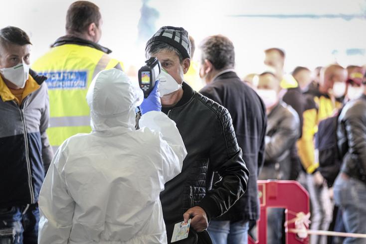 Koronavírus - Romániában további lazítások léptek hatályba, módosultak a beutazók karanténfeltételei