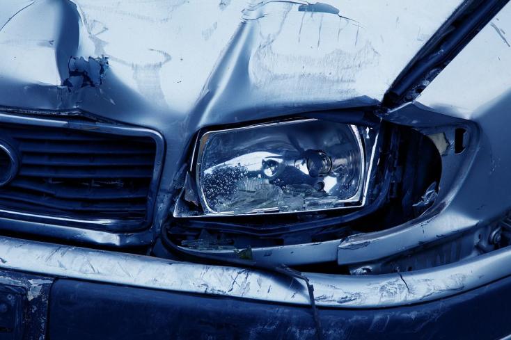 Autóroncsok bütykölése miatt kerülhet sittre egy 41 éves férfi
