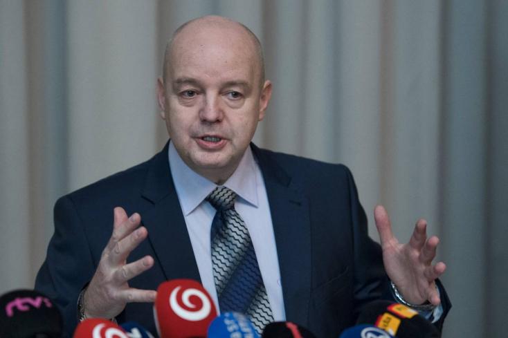 Rusko feljelentést tett, mert meggyőződése, hogy csak le akarják járatni