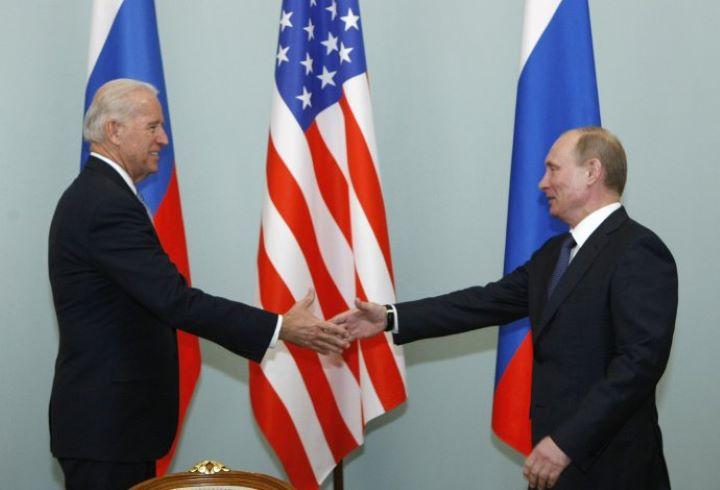 Nincs döntés a jövőbeni Putyin-Biden-csúcs helyszínéről