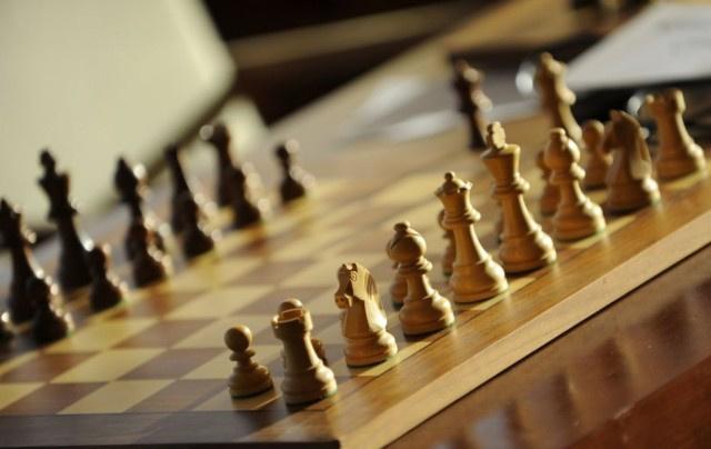 Űrbeli riválissal mérkőzik meg az orosz sakkvilágbajnok