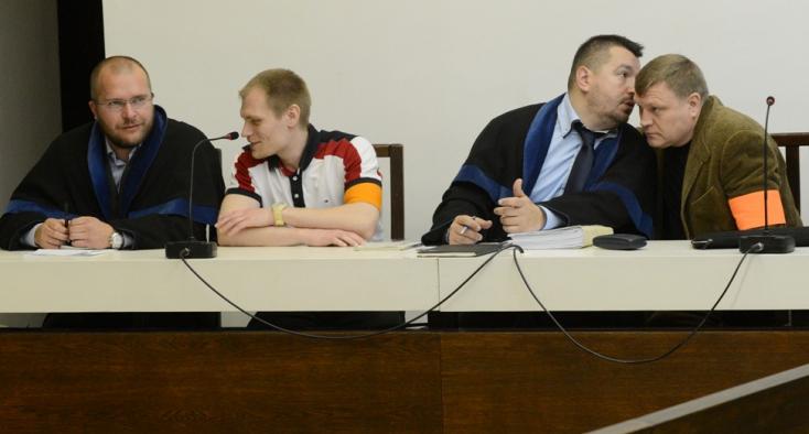 Lefizették a dunaszerdahelyi járási adóhivatali vezetőket, de már mindkét Salmanov szabadlábon!